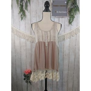SOIEBLU :: small top, BOHO, lace tan cream top